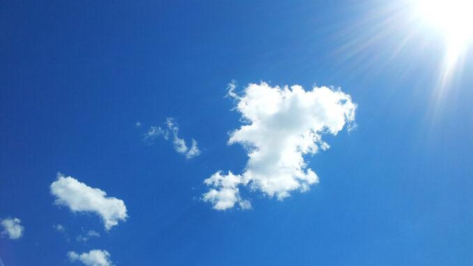 Die UVB Strahlen der Sonne rufen die Produktion von Vitamin D, dem Sonnenhormon hervor.