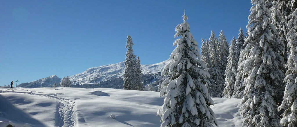 Sonnenschutz im Winter für Augen und Haut sind notwendig.