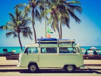 VW-Bus als Beispiel für den UV-Schutz im Auto